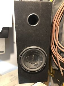 """12"""" pioneer subwoofer and pyramid amp"""
