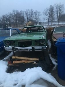 1974 duster body , tubbed , roll bar
