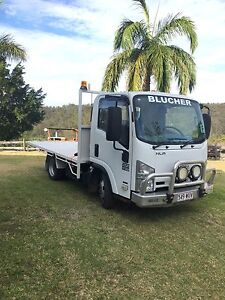 Isuzu NLR200 short flat bed auto very good condition! Kingsholme Gold Coast North Preview