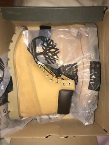 Brand new men timberland boots size 9