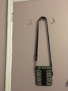 Authentic Coach crossbody swingpack