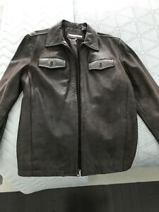 Perry Ellis Men's brown leather bomber jacket | Size S