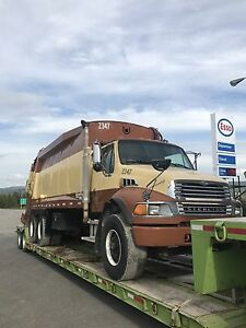 2004 STERLING CAB AND CHASSIS ONLY!! Auto trans long frame