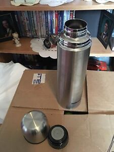 Large thermos