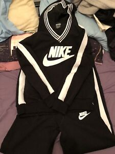 Nike track suit. Women's size small