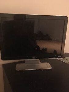 LCD monitor used for sale, works good