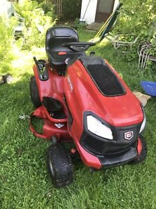 Craftsman T3000 lawn tractor