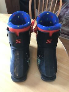 Size 10 youth ski boots