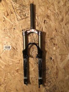 Bomber fork
