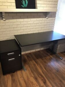 Like new modern office desk with matching filing cabinet