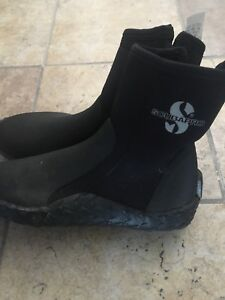 Scubapro diving boots worn once