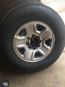 "18"" Dodge Ram 3500 rims and tires new"