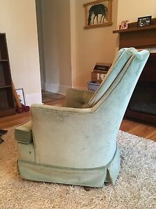 Small clean vintage mint green chair
