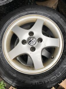 185/65R14 tiers with rims