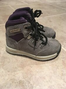 Infant Timberland Hiking Boots Size 4