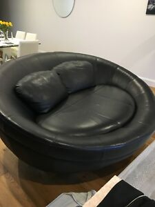 Oval Couch Sofa Brand Cellini