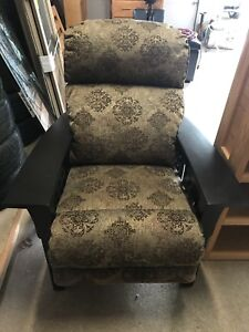 La-Z-Boy Eldorado High Leg Recliner