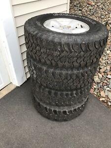 "31"" Tires & Rims off JEEP TJ"