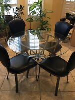 4 chairs dining table