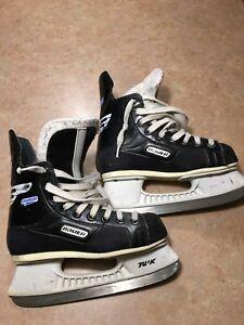 Bauer skates - Size 3D or US4.