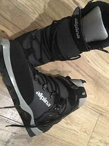Alpina 1550 cross country ski boots