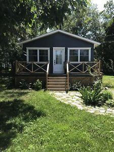 Petite maison à louer , 1 200 $/ mois