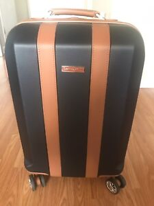 Luggage-Carry on