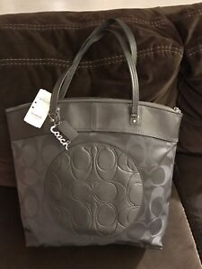 COACH PURSE/ Large Satchel
