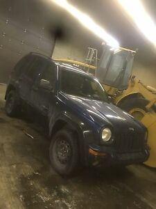 Jeep liberty 2002 fullll 291000km