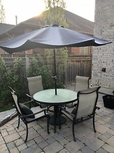 Outdoor Patio set - 4 chairs, table, umbrella