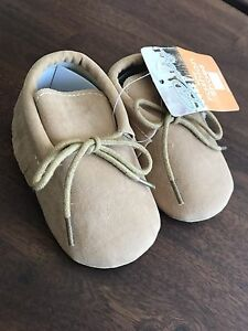 Baby suede material tassel shoes- size 2, 6-12mo