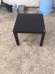 End table for sale $15