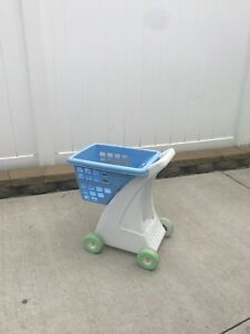 Small Shopping Cart for Kids!