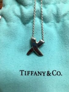 "Authentic Tiffany Paloma Picasso Kiss ""16 Necklace"