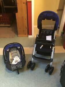Evenflo Embrace 35/Pro Travel System Stroller & Car Seat