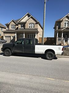 F350 2005 Ford.  Plow included