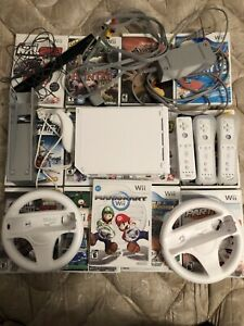 Wii perfect condition + 13 games Mario kart
