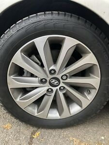 "MAGS 17"" HYUNDAI SONATA pneus d'hiver 215 55 17 NOKIAN NORDMAN"