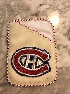 Canadiens beaded card holder