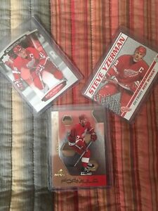 Detroit Red Wing hockey cards - various players