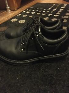 Size 7 mens, womens 8.5/9 Steel Toed Shoes