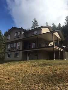 House for rent in salmon arm, close to Enderby, Armstrong, Verno