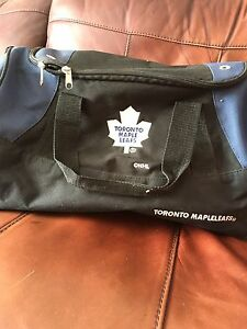 Maple Leaf duffle bag