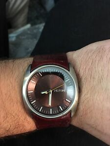 Nixon Watch - The Esquire