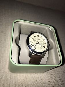 Cream coloured dial, brown leather Fossil Watch
