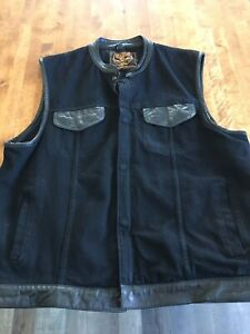 Club style denim vest