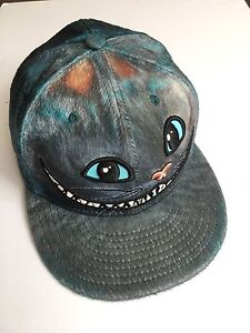 Cheshire Cat hat - size 8