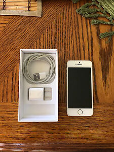 iPhone 5s Gold 16GB w/ Rogers