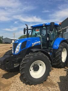New Holland T7.170 2015 with only 1150 hrs!
