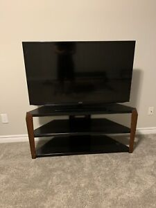 50 inch LED TV with stand